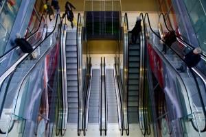 escalator-711793_640